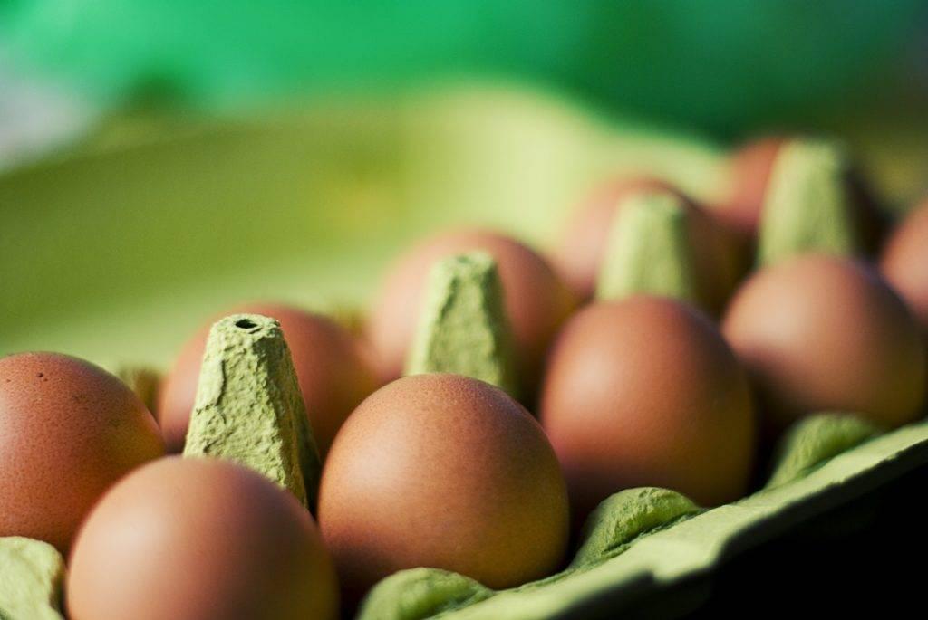 food eggs box 1024x685