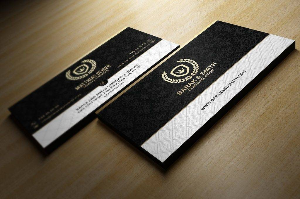golden business card  1024x681