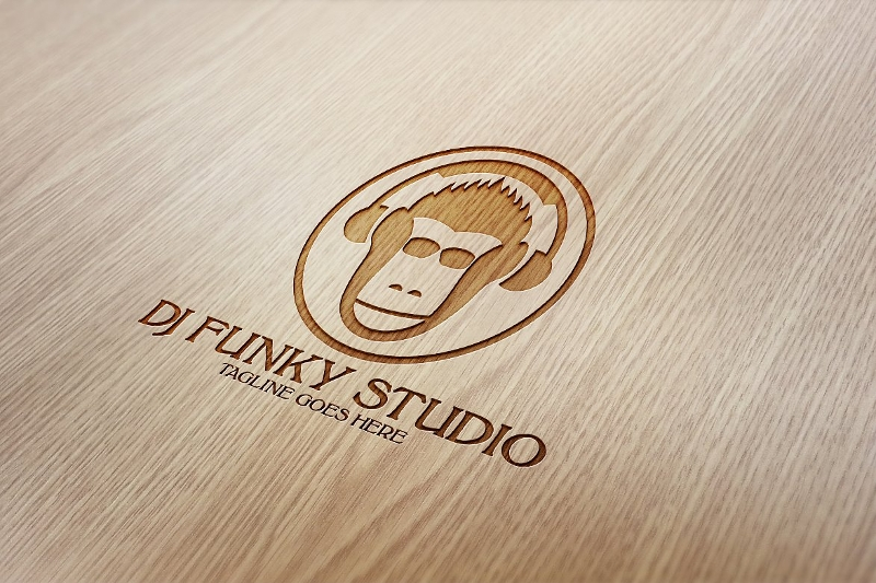 dj funky studio logo