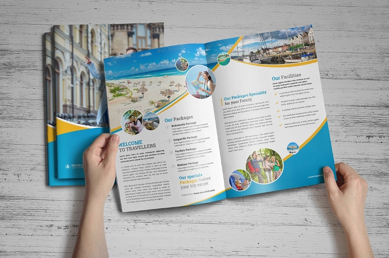 holiday travel brochure design1