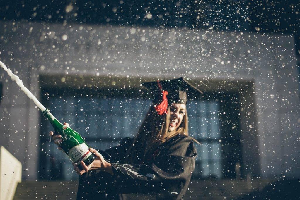 graduate1 1024x684