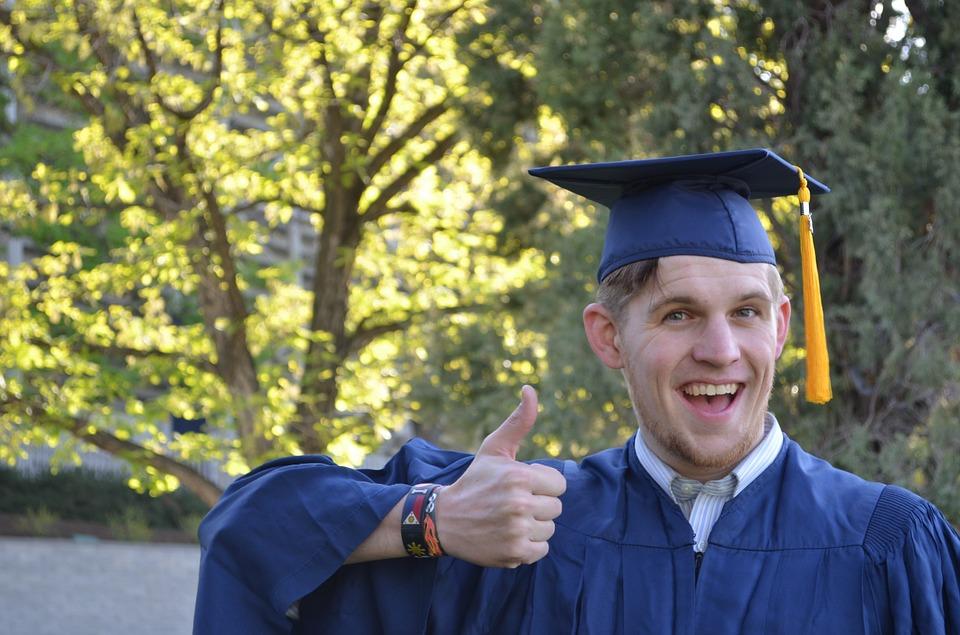 graduation 879941