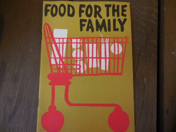 vintage 1950s pamphlet booklet food for the family metropolitan life insurance company