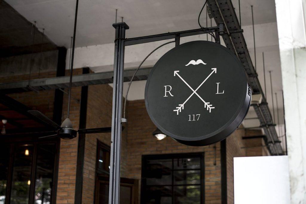 modern shop signage mock up example