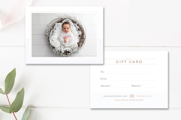 newborn photographer gift card example