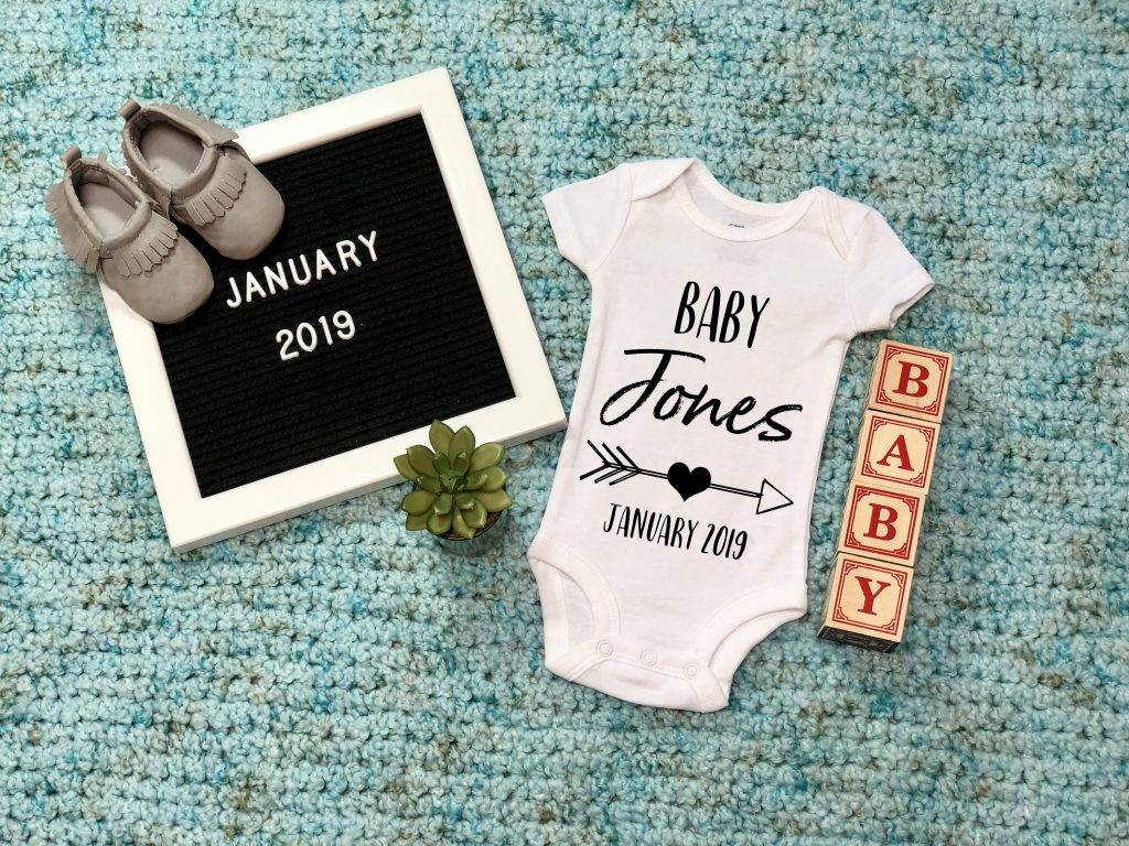 personalized baby announcement design example
