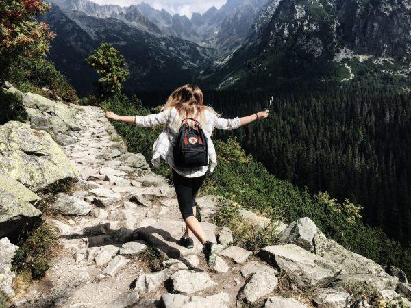 adult adventure backpack 287240 e1529898226844