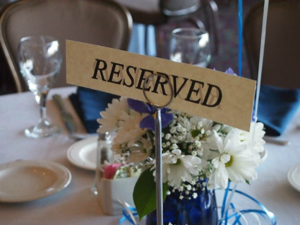 spring graduation dinner place card
