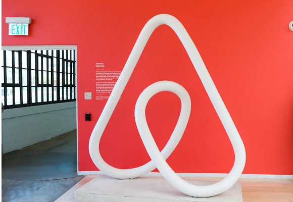 Airbnb Branding Templatess