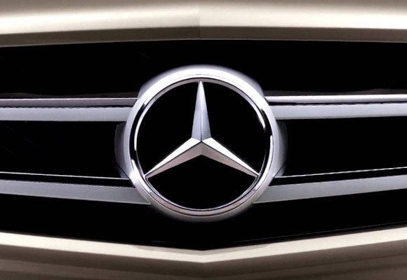 Mercedes Benz Branding